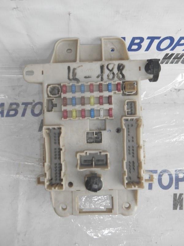Блок предохранителей, реле Toyota Rav4 ACA20 передний (б/у)