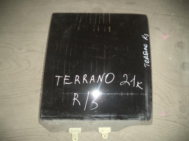Стекло двери Nissan Terrano D21 заднее правое