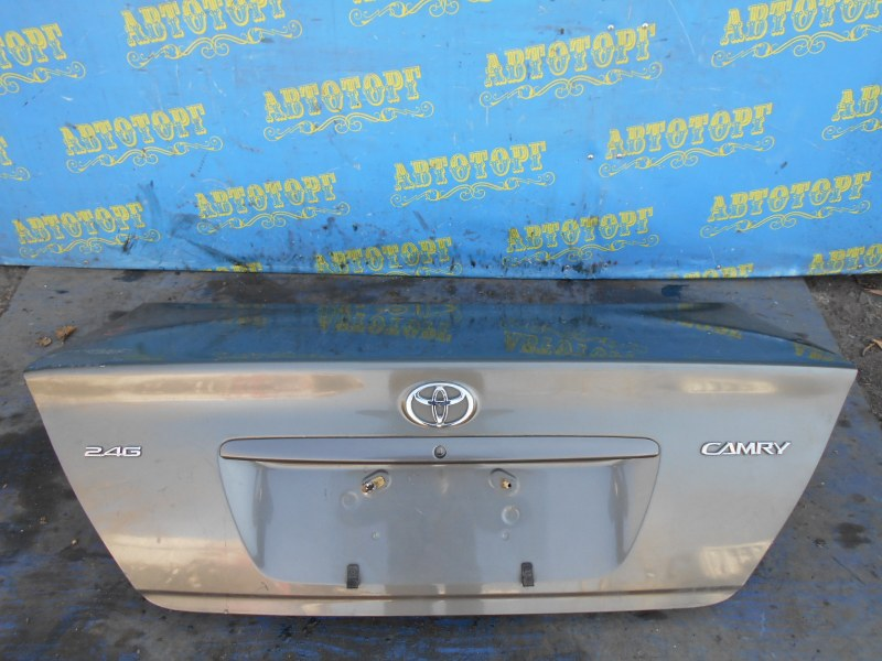 Крышка багажника Toyota Camry ACV30 2AZ