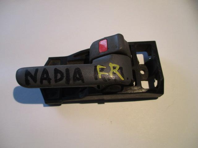 Ручка двери внутренняя Toyota Nadia SXN10 передняя правая