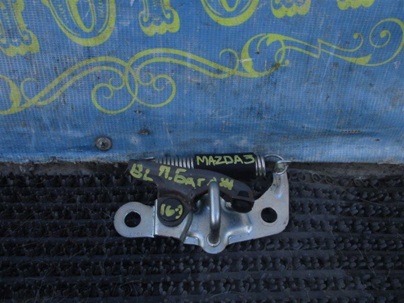 Петля замка багажника Mazda 3 BL Z6 2011