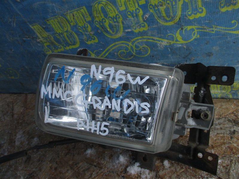 Туманка Mitsubishi Grandis N96W левая