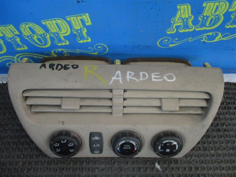 Блок управления климат-контролем Toyota Vista Ardeo ZZV50