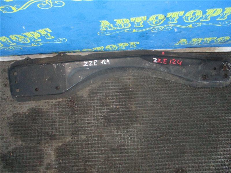 Балка продольная Toyota Corolla Fielder ZZE124 1ZZ передняя