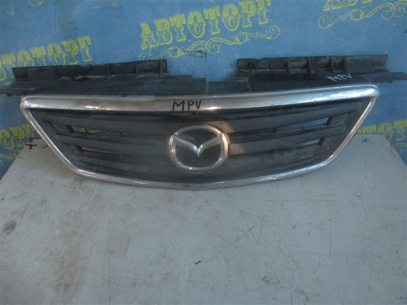 Решетка радиатора Mazda Mpv LW5W