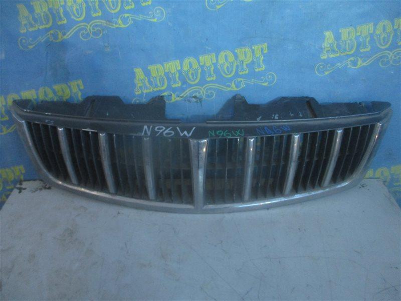 Решетка радиатора Mitsubishi Grandis N96W