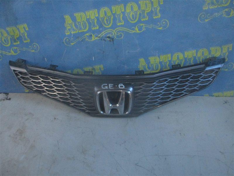 Решетка радиатора Honda Fit GE6 L13A