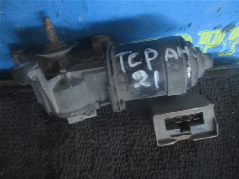 Мотор дворников Nissan Terrano D21 передний