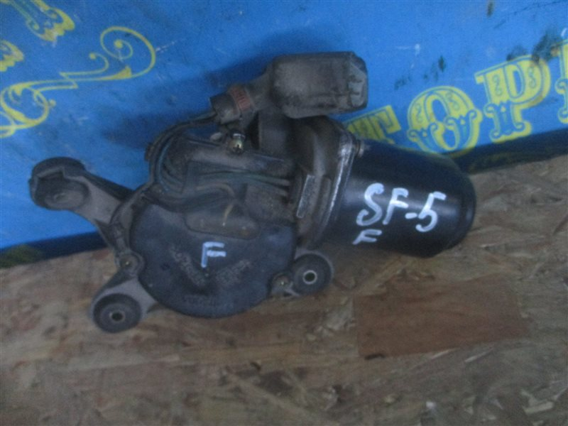 Мотор дворников Subaru Forester SF5 передний