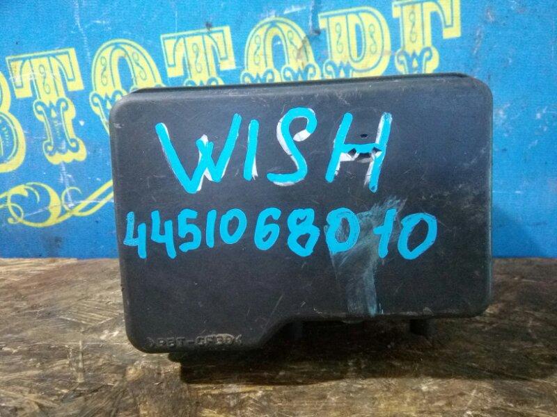 Блок abs Toyota Wish ZNE10 1ZZ