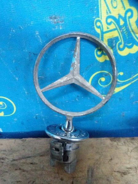 Эмблема капота Mercedes