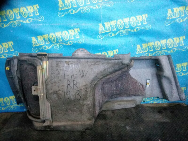 Обшивка багажника Mitsubishi Legnum EA1W 4G93 1998 задняя правая
