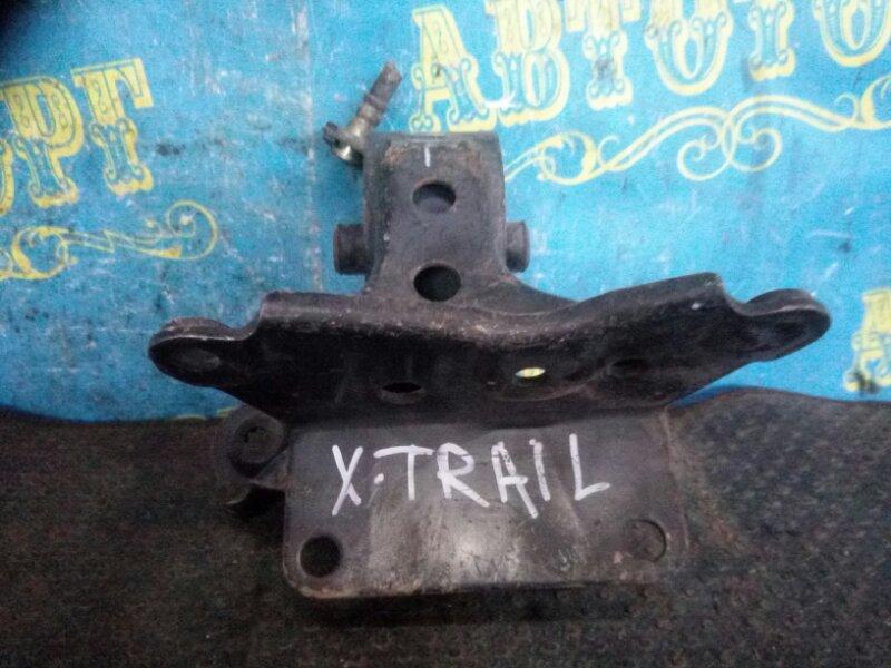 Подушка двигателя Nissan Xtrail NT30 QR20 передняя левая