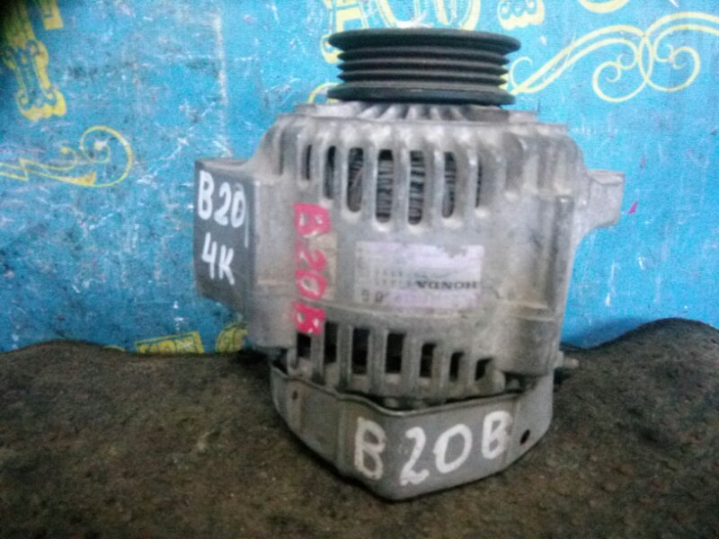 Генератор Honda Step Wagon RF1 B20B