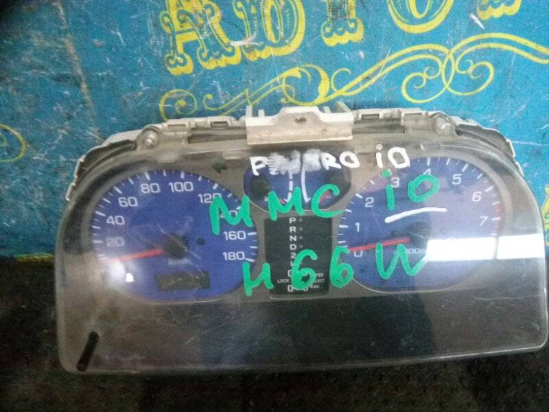 Щиток приборов Mitsubishi Pajero Io H66W 4G93
