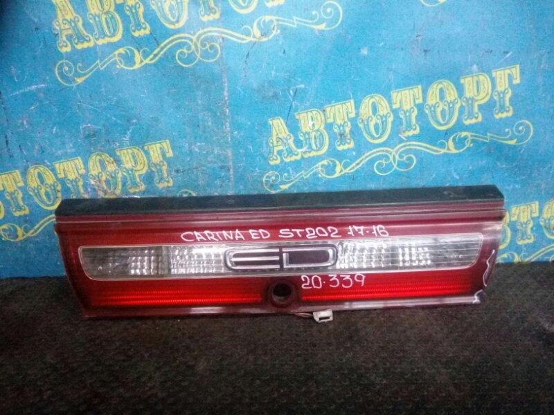 Вставка в багажник Toyota Carina Ed ST202 3S 1994 задняя