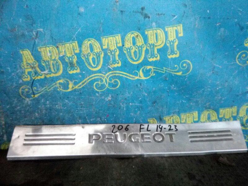 Порожек пластиковый декоративный Peugeot 206 2AC TU3A 2006 передний левый