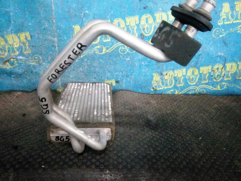 Радиатор печки Subaru Forester SG5 передний