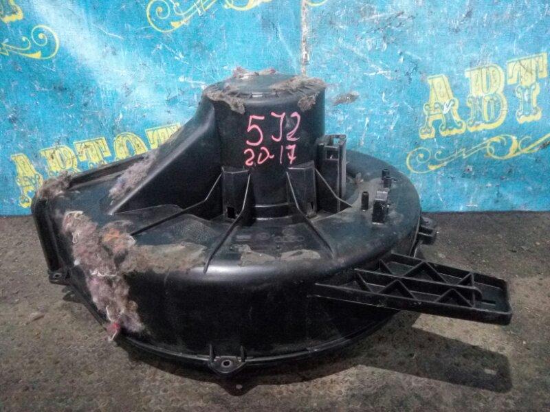 Мотор печки Skoda Fabia 5J2 CGGB 2012 передний