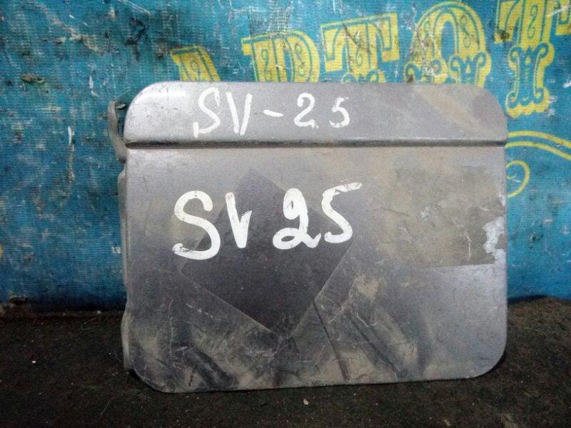 Лючок бензобака Toyota Camry SV25