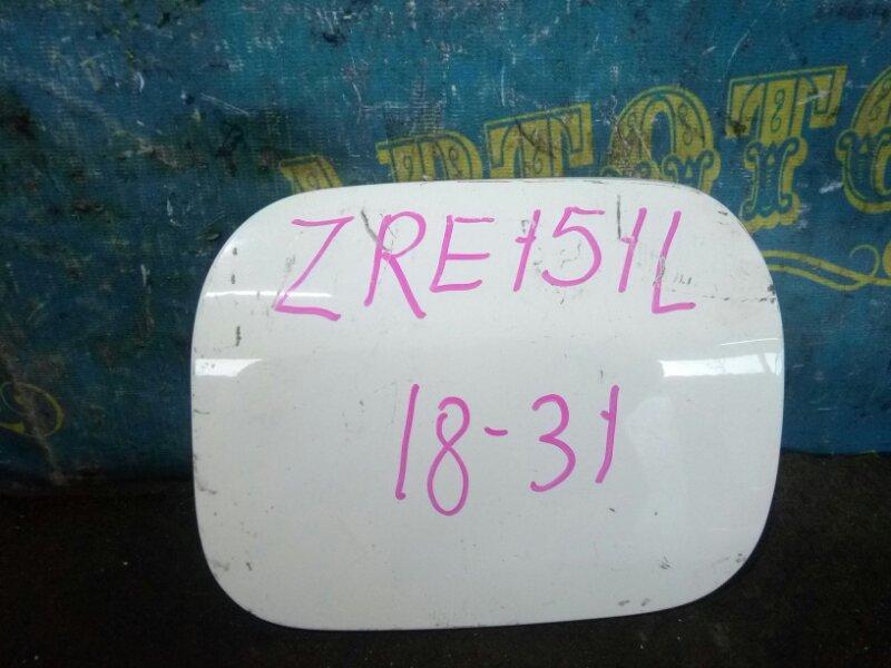 Лючок бензобака Toyota Corolla ZRE151L 1ZR 2013