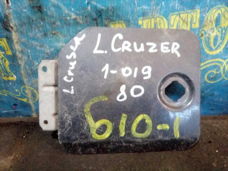 Лючок бензобака Toyota Landcruiser HDJ80