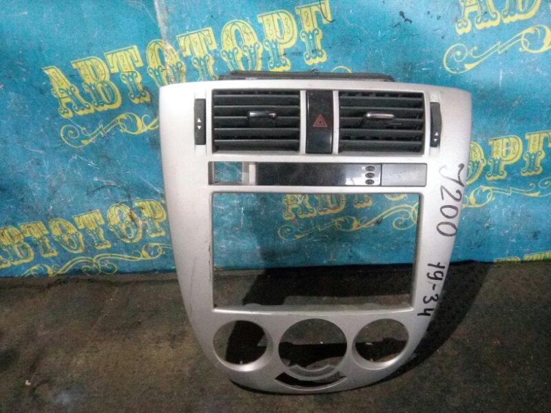 Консоль магнитофона Chevrolet Lacetti J200 F16D3 2007