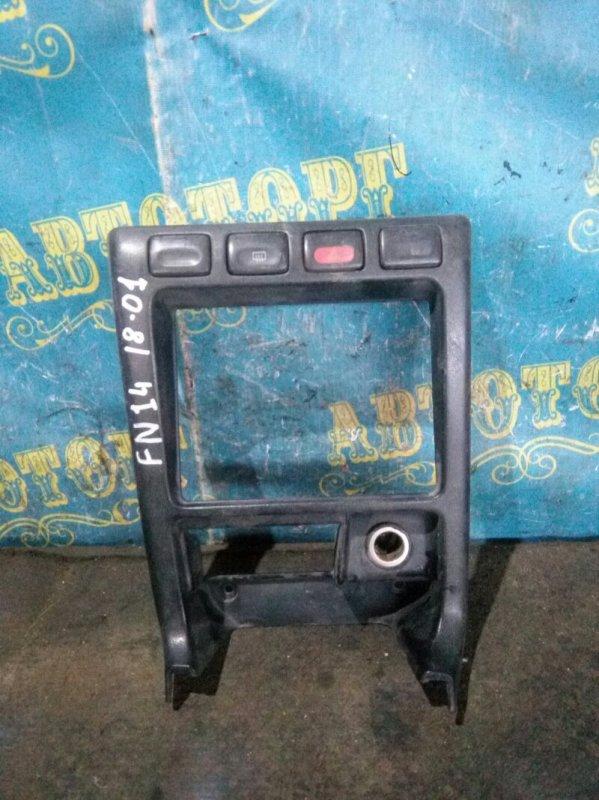 Консоль магнитофона Nissan Pulsar FN14 GA15 1992
