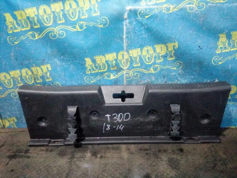 Накладка замка багажника Chevrolet Aveo T300 F16D4 2012