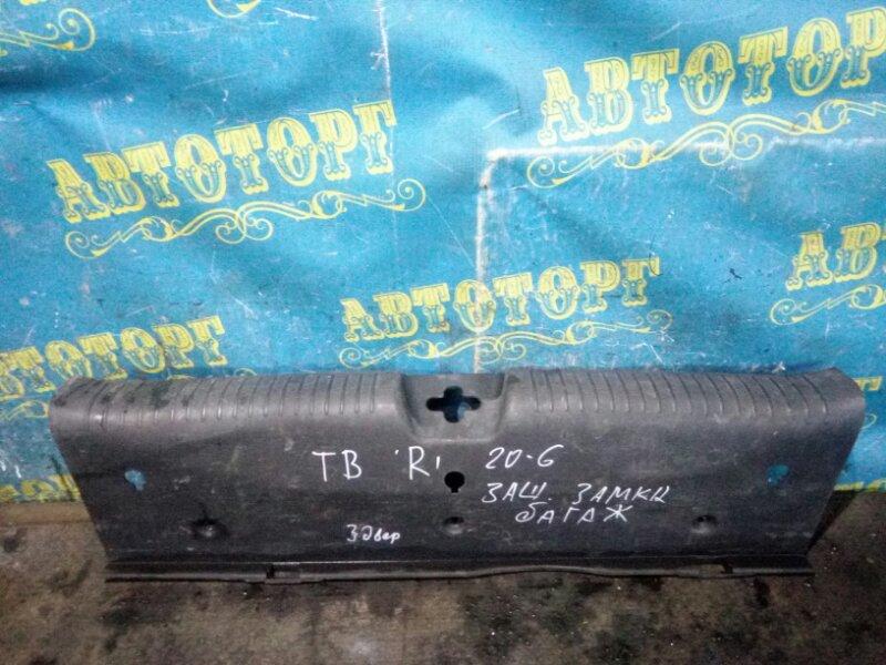 Накладка замка багажника Hyundai Getz TB G4HG 2010