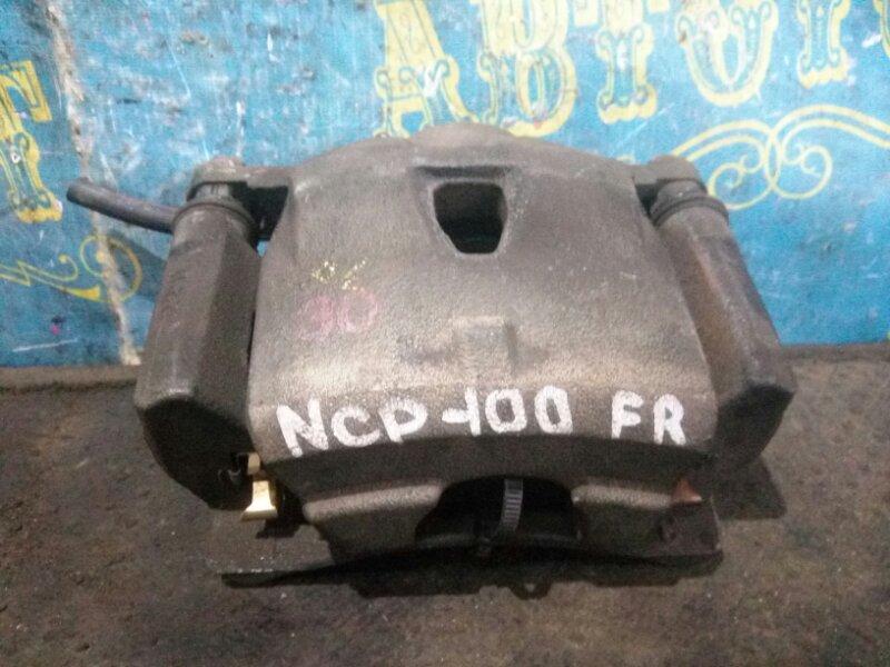 Суппорт Toyota Ractis NCP100 передний правый
