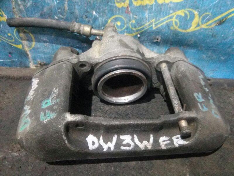 Суппорт Mazda Demio DW3W B3 передний правый