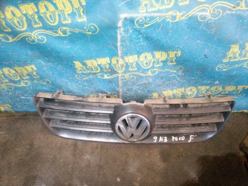 Решетка радиатора Volkswagen Polo 9N3
