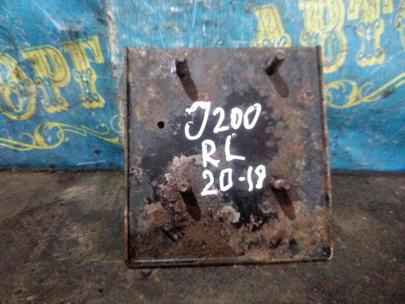 Кронштейн усилителя бампера Chevrolet Lacetti J200 F16D3 2008 задний левый