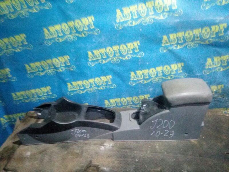 Бардачок между сиденьями Chevrolet Lacetti J200 F16D3 2012