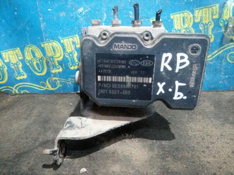 Блок abs Hyundai Solaris RB G4FC 2015