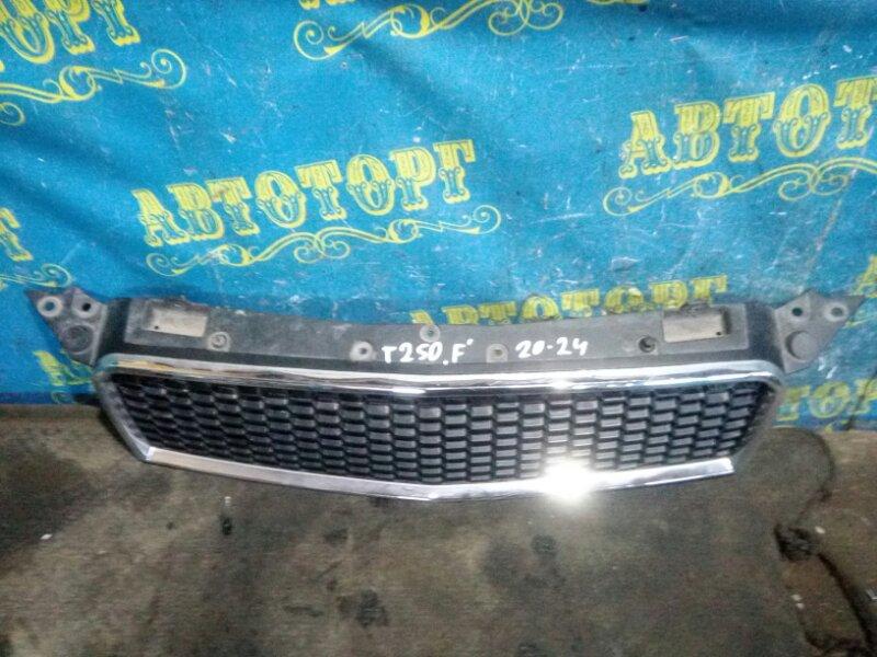 Решетка радиатора Chevrolet Aveo T250 B12D1 2009