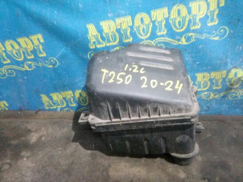 Корпус воздушного фильтра Chevrolet Aveo T250 B12D1 2009