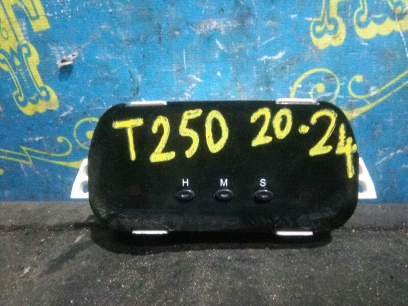 Часы Chevrolet Aveo T250 B12D1 2009