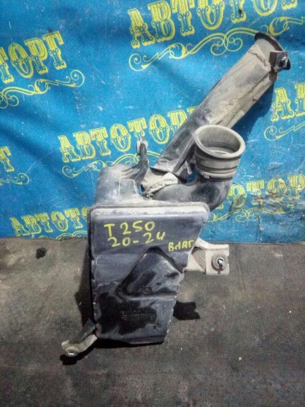 Влагоотделитель Chevrolet Aveo T250 B12D1 2009
