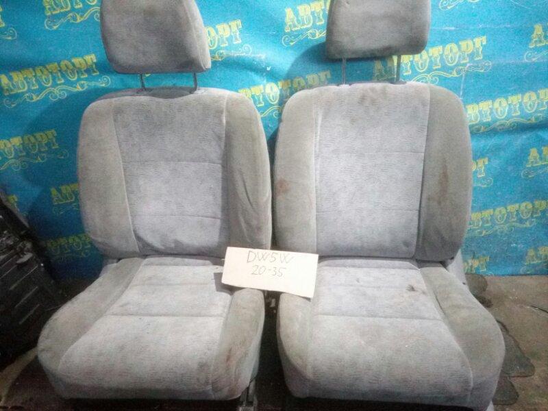 Сидения комплект Mazda Demio DW5W B5 2000