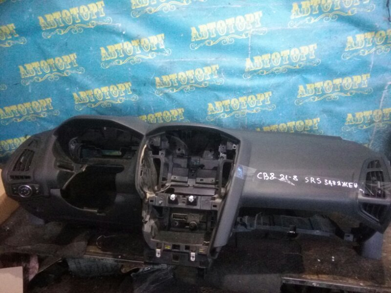 Торпеда Ford Focus 3 CB8 ASDA 2011