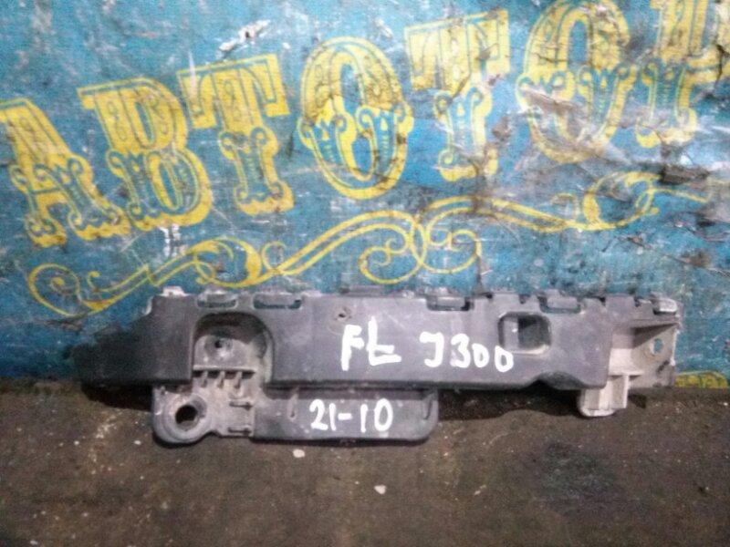 Крепление бампера Chevrolet Cruze J300 F18D4 2010 переднее левое