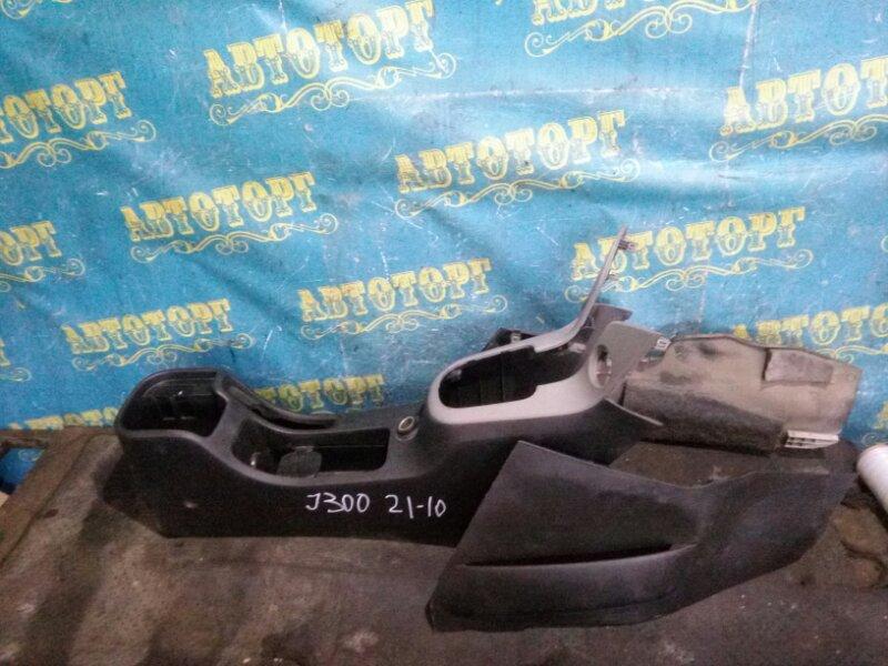 Бардачок между сиденьями Chevrolet Cruze J300 F18D4 2010