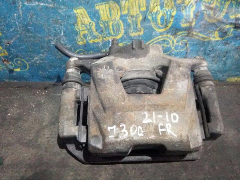 Суппорт Chevrolet Cruze J300 F18D4 2010 передний правый