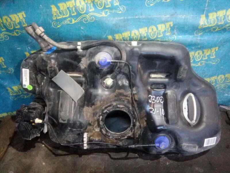 Бензобак Chevrolet Cruze J300 F18D4 2010