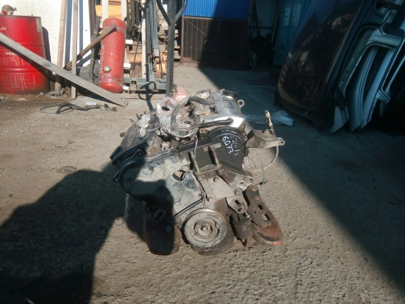Двигатель Mitsubishi Diamante F31A 6G73 1995