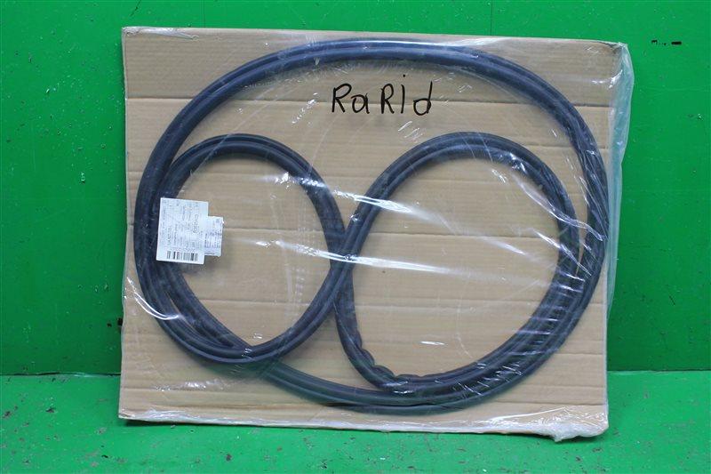Уплотнитель крышки багажника Skoda Rapid (б/у)