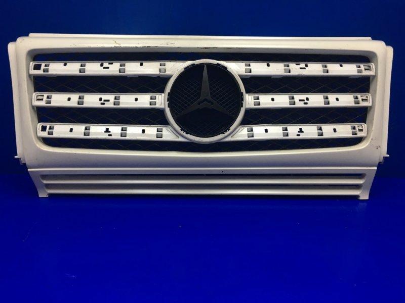 Решетка радиатора Mercedes G W463 2008 (б/у)