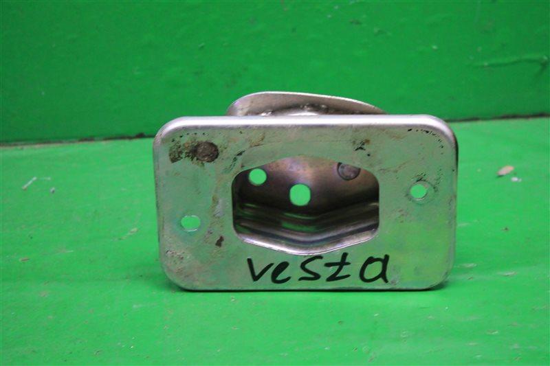 Домик усилителя Lada Vesta 2015 (б/у)